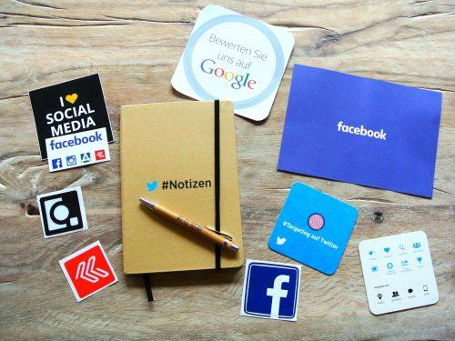 Sociala mediers logotyper